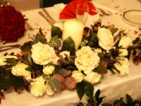 christine_barry_toptable_arrangement