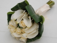 calla_lilly_and_rose_bouquet